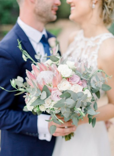 A ROMANTIC WEDDING AT GREEN LEAVES